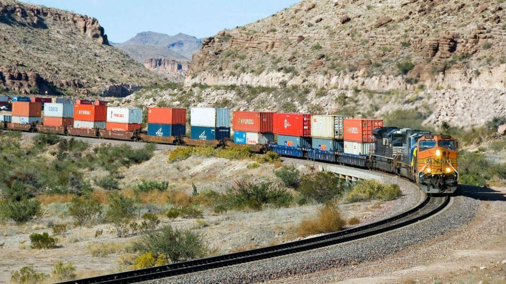 چرا باربری با قطار انجام می شود؟